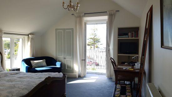 Le Petit Hotel Sumner sea-view-room